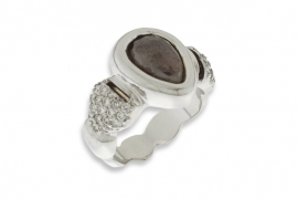 Sortija con Pave y Diamantes Brown